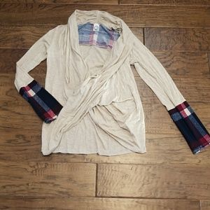 Twist front top with plaid cuff detail NEW M